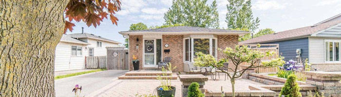 Bungalow for sale in Ajax