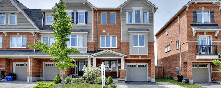 Townhomes for sale Pickering Ontario