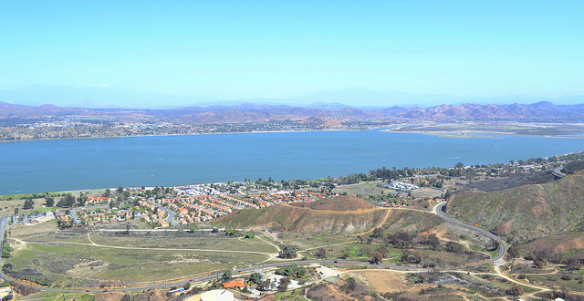 Lake Elsinore real estate and properties
