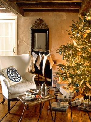 Winter Wonderland Christmas Tree with White Lights