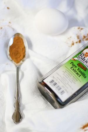 cinnamon & vanilla extract