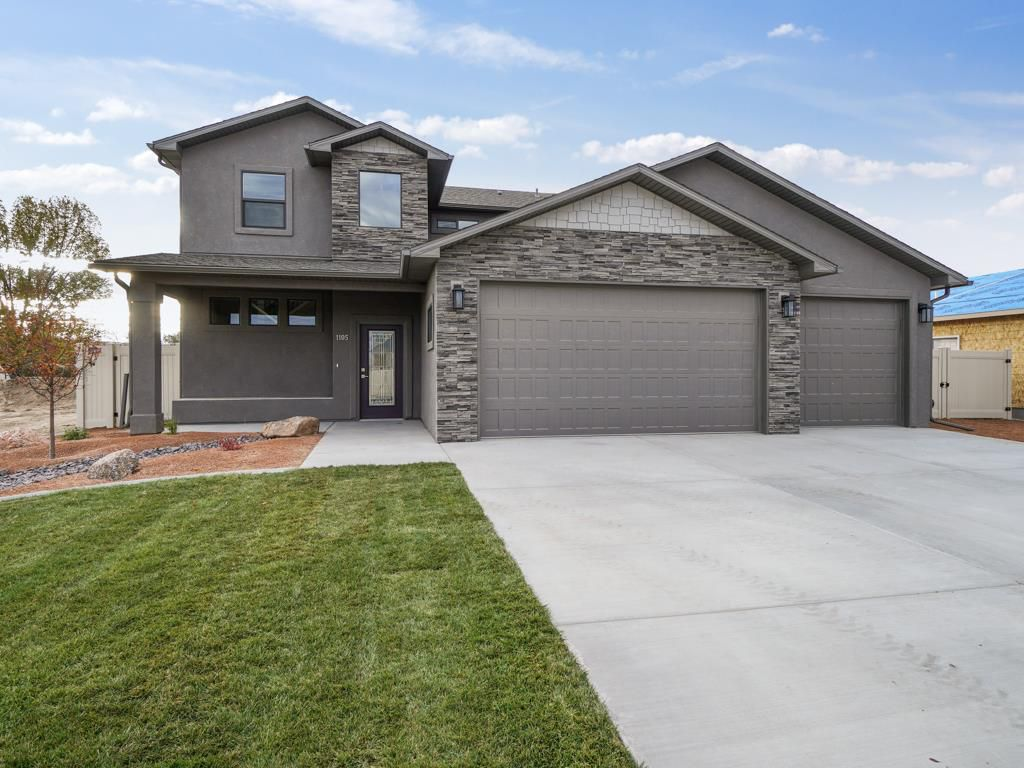 1105 Aspen Village Ln, Fruita, CO 81521