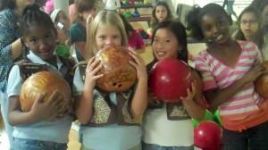 Brownies celebrate Juliette Gordon Lowe's birthday