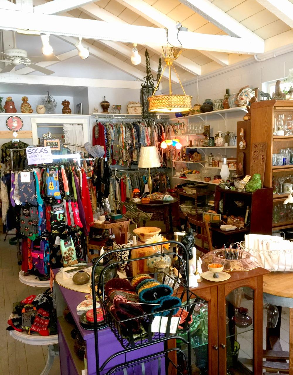 River Queen Handmade & Collectible in Guerneville CA