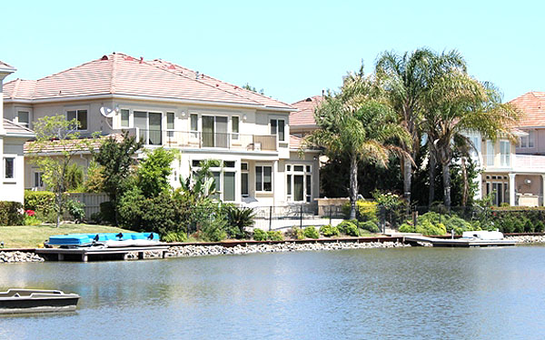 Waterfront Home in Pocket Sacramento