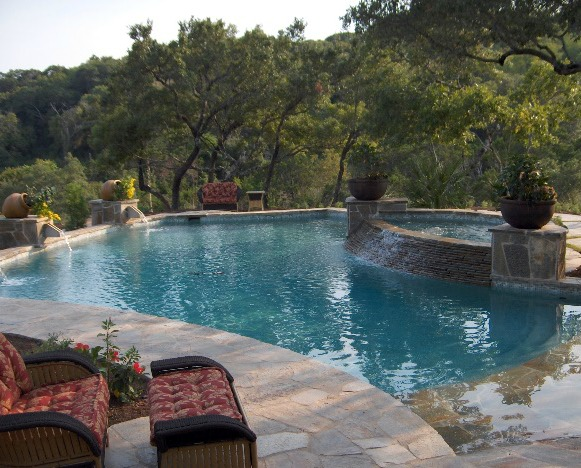 Homes with Swimming Pools in San Antonio Texas