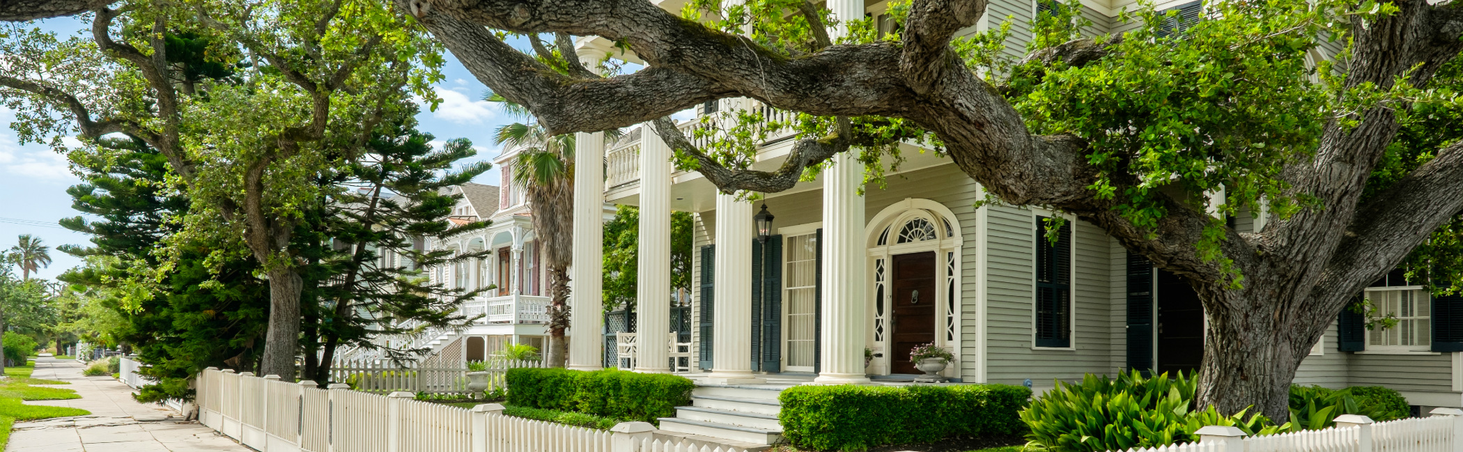 Homes Over 100 Years Old For Sale in San Antonio