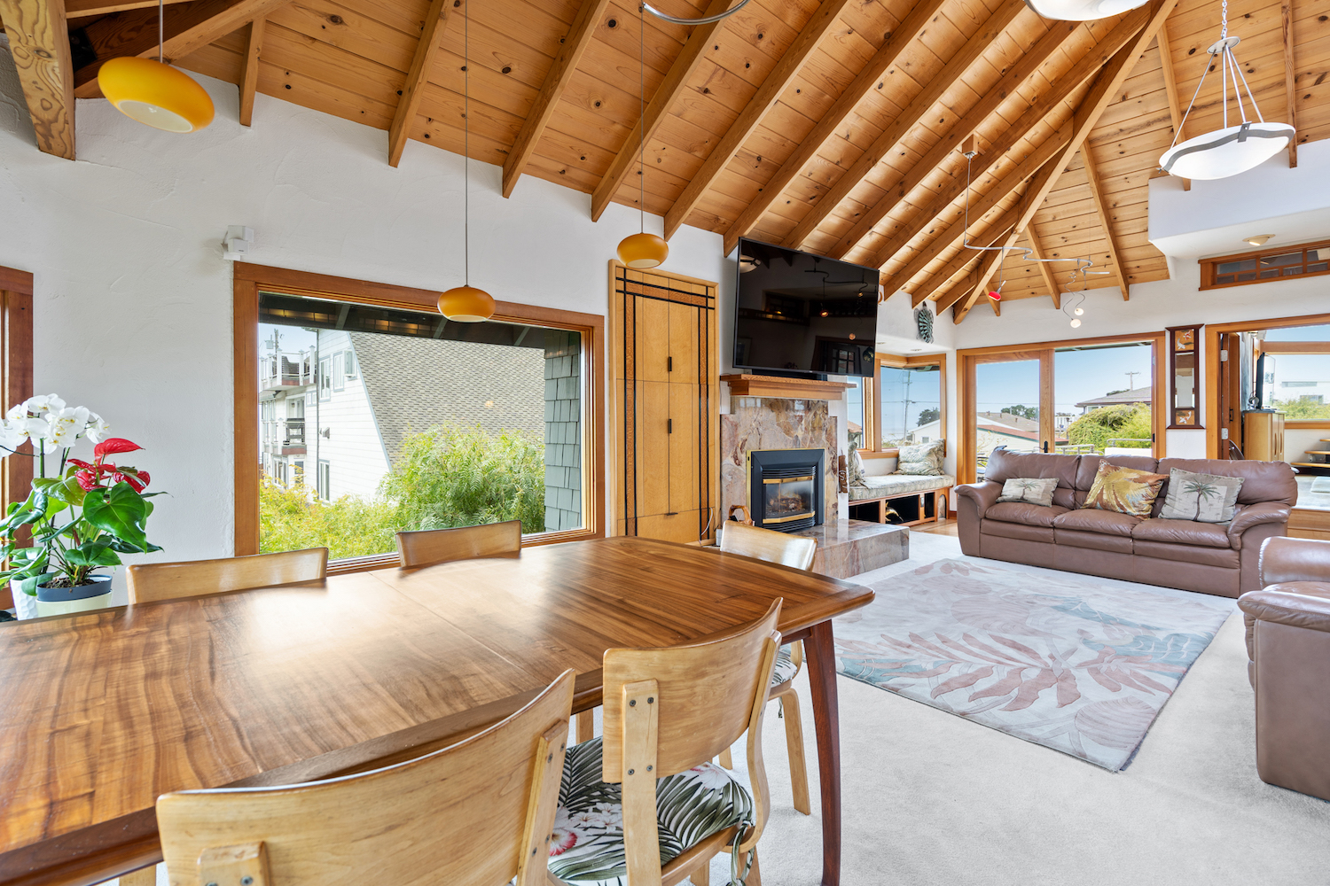 127 bethany curve - dining room with ocean views