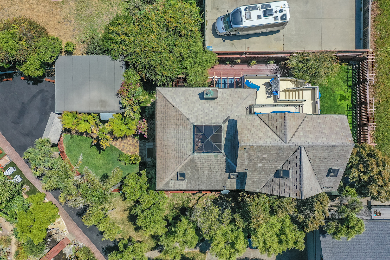 127 bethany curve - top view of house