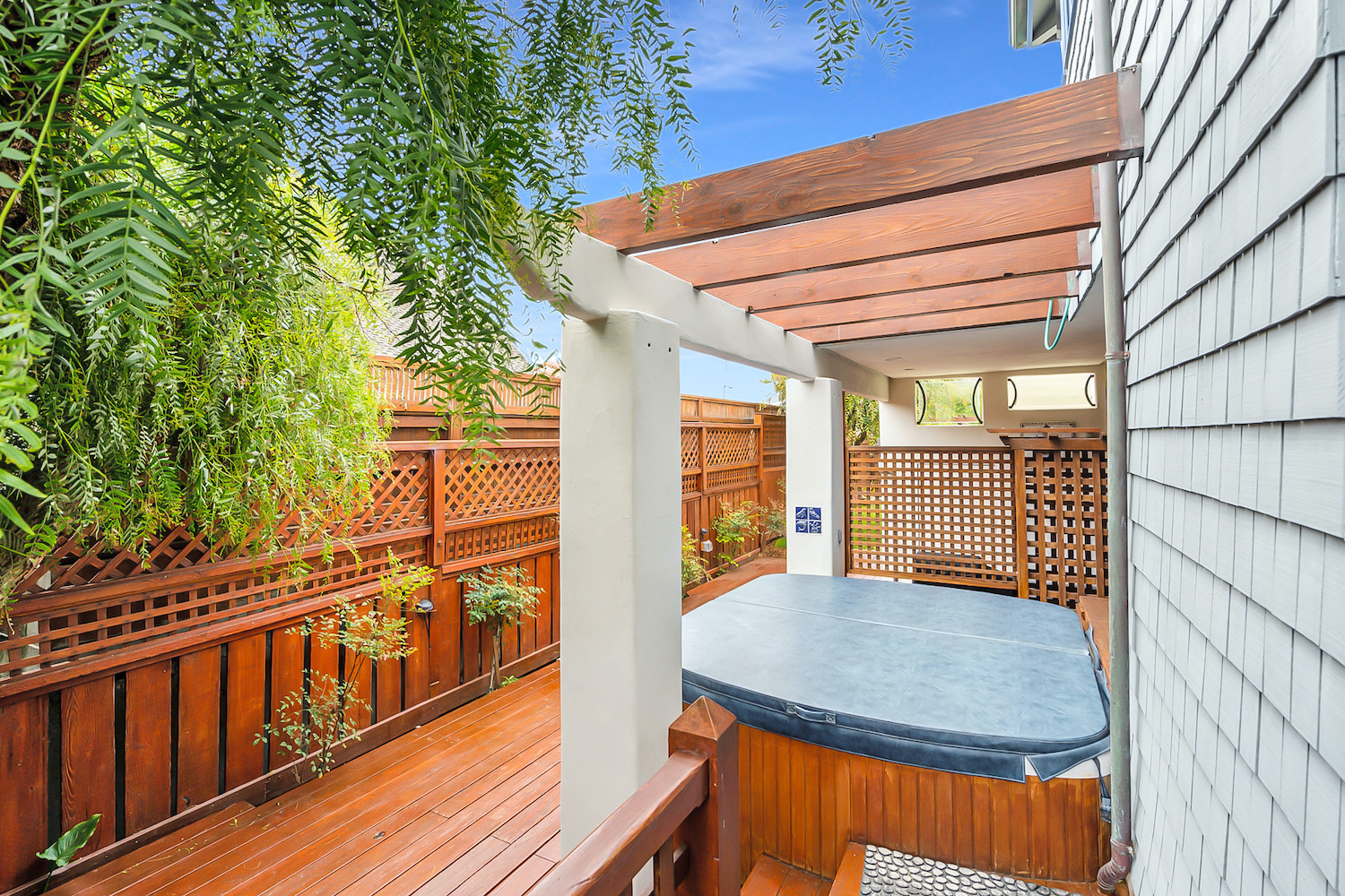 127 bethany curve - patio with hot tub