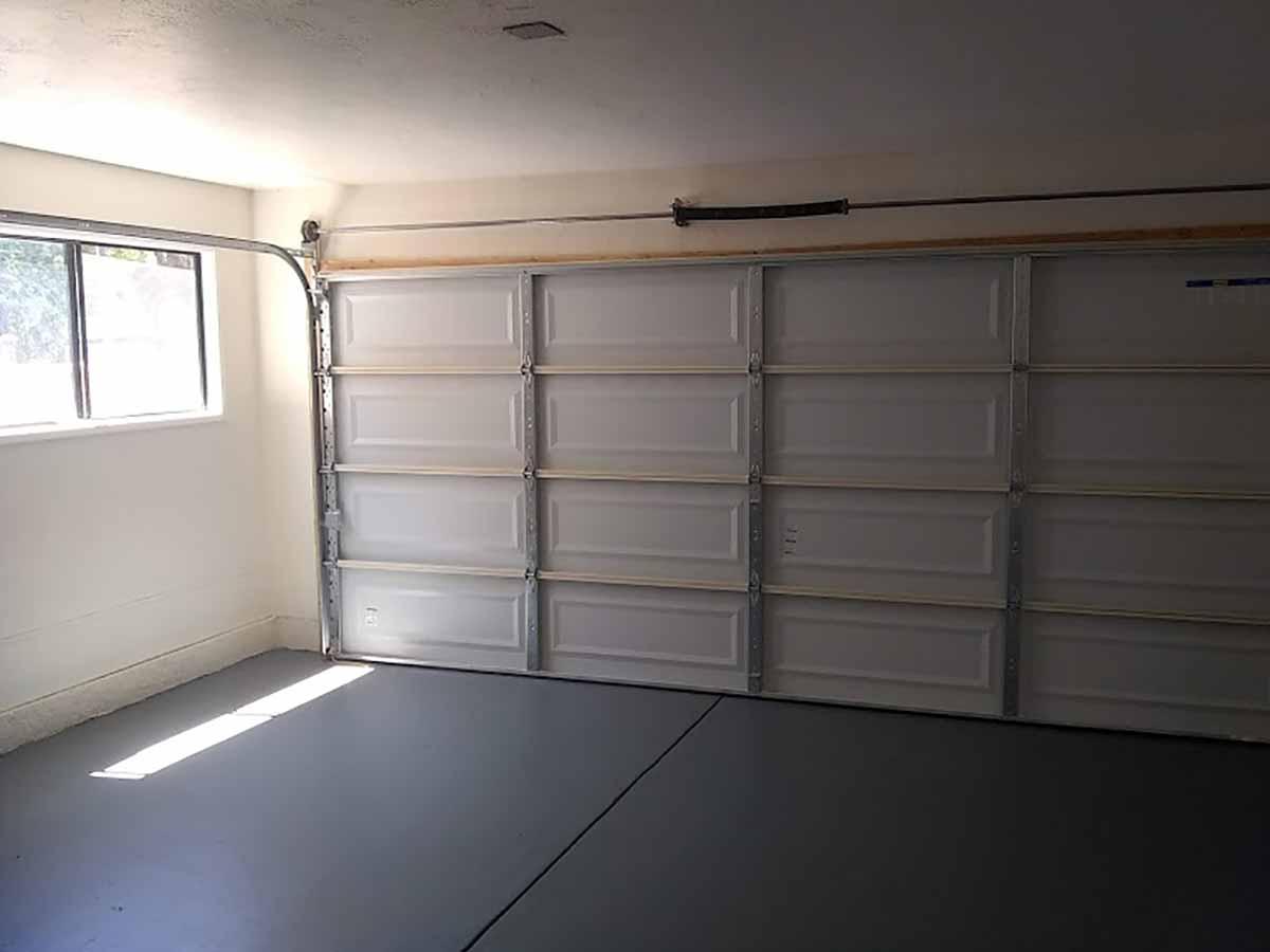 garage alternate view