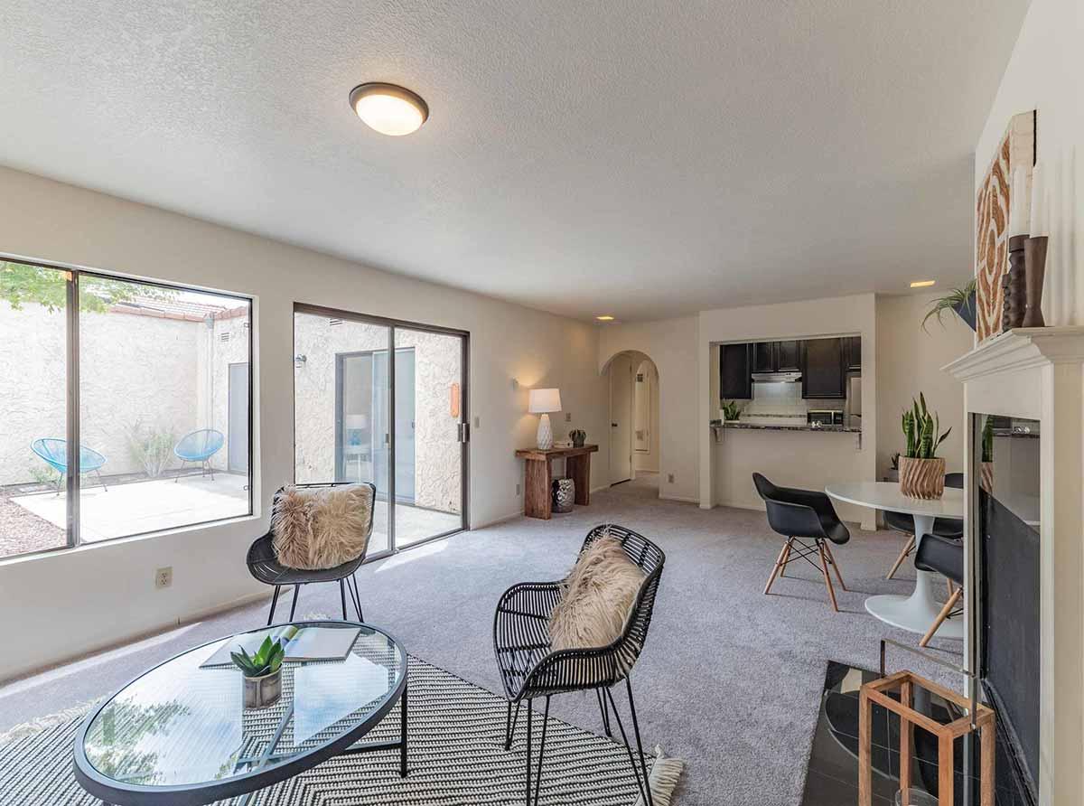 living room with patio - santa cruz realtor