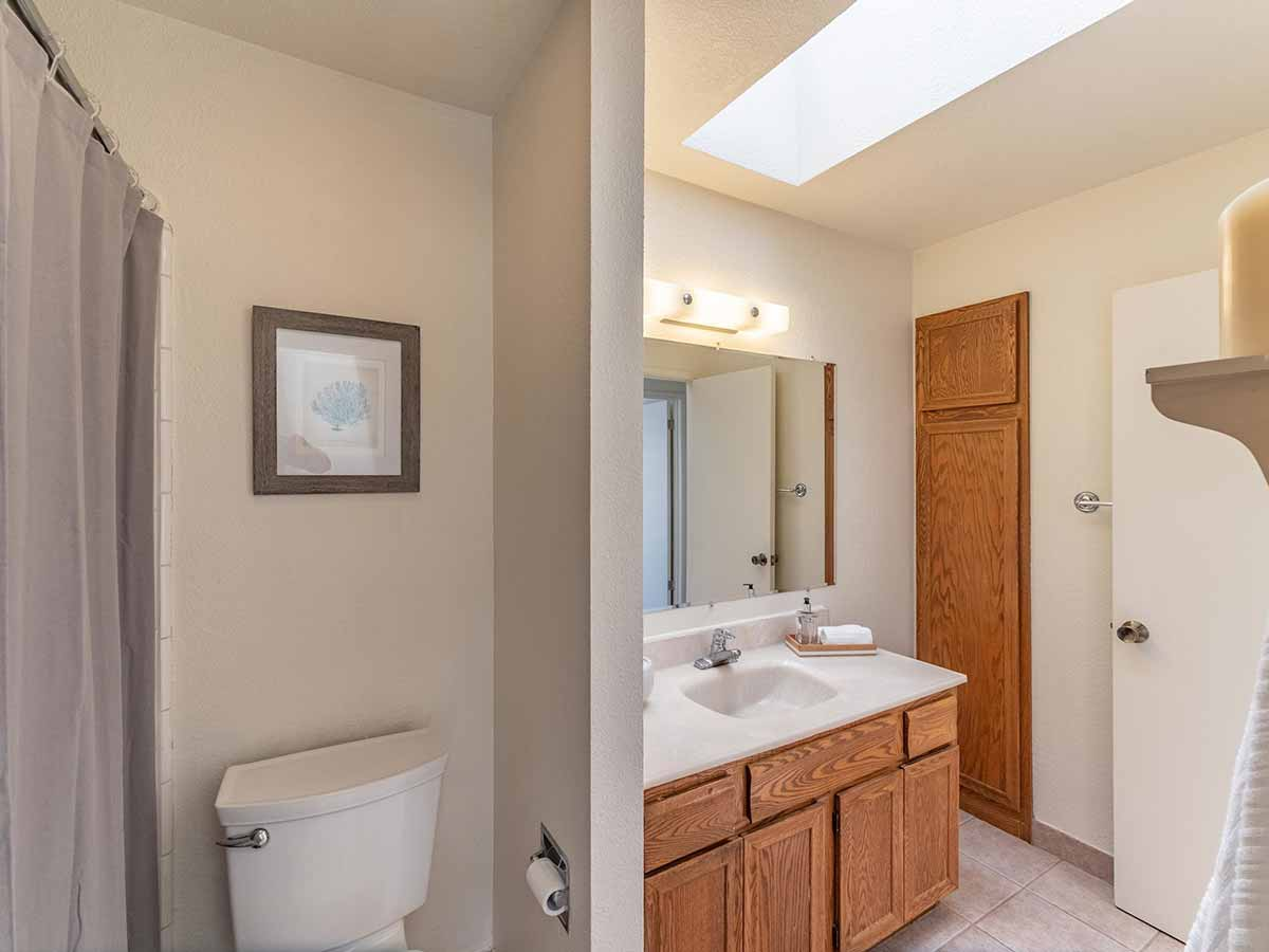 spacious bathroom santa cruz