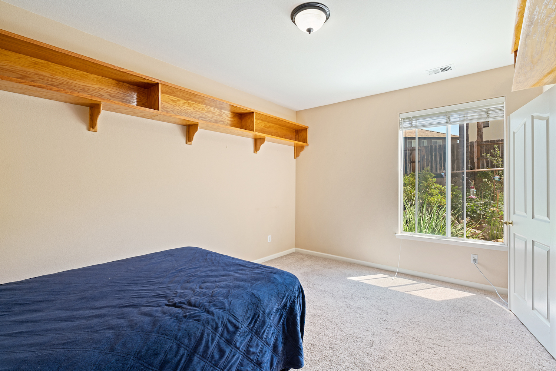 2241 glenview dr - downstairs den bedroom