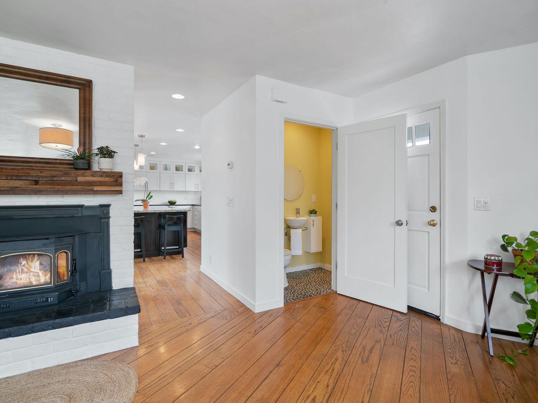 239 ross street santa cruz - half bathroom