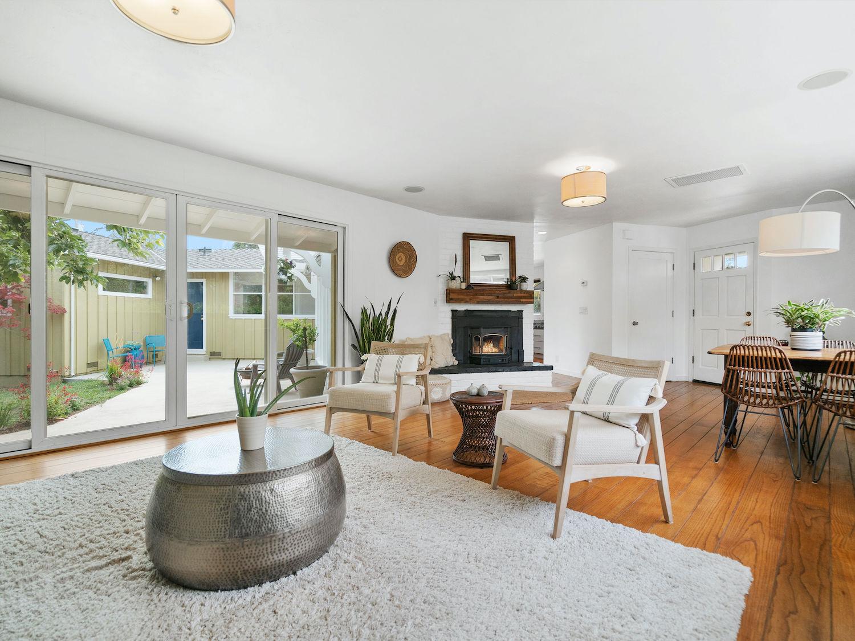 239 ross street santa cruz - living room