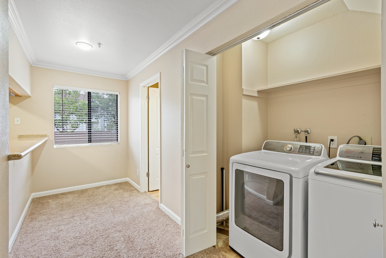 41 grandview street - laundry unit