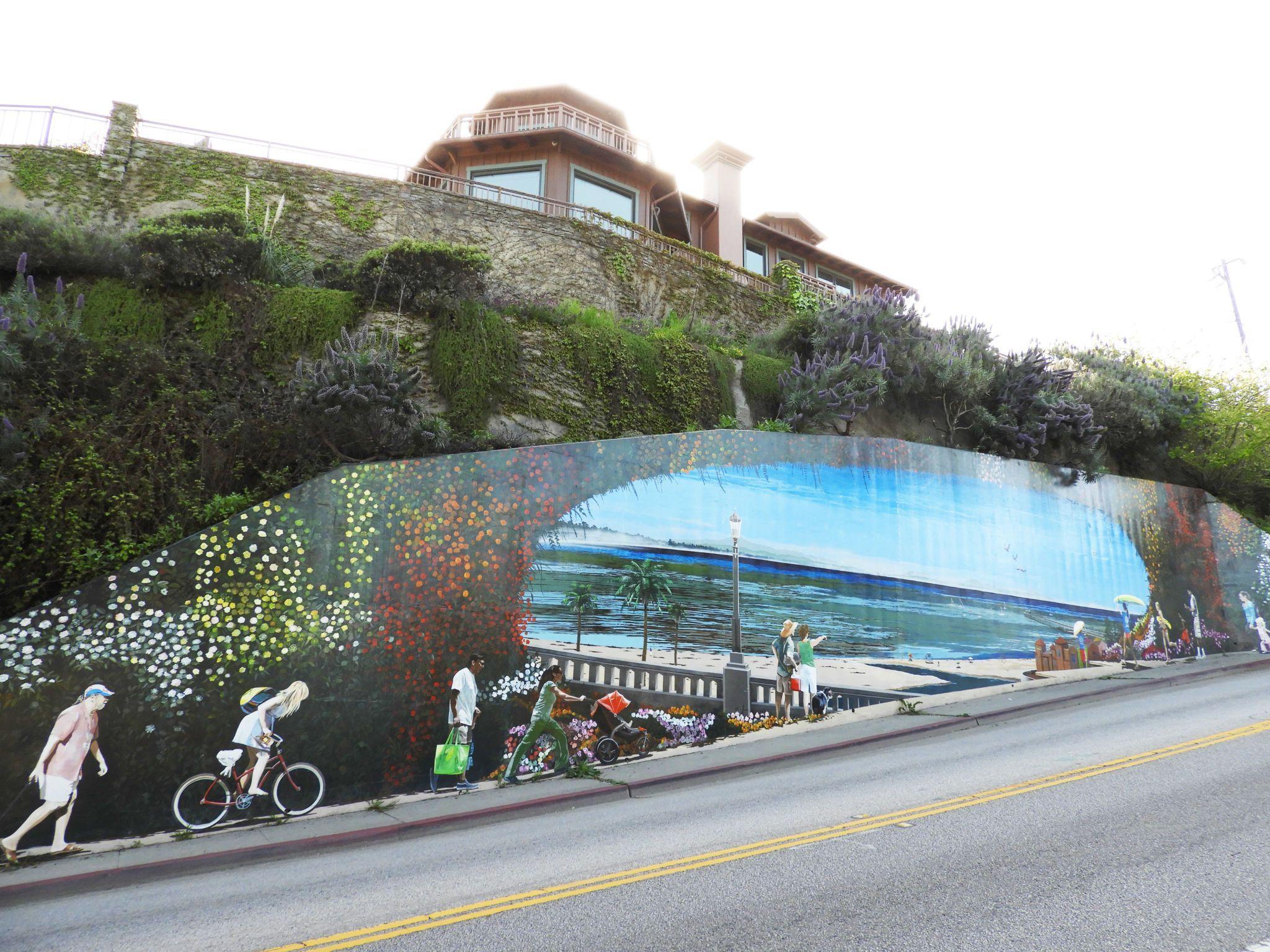 capitola mural