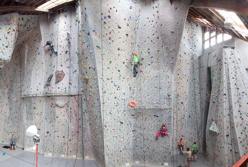 pacific edge climbing gym