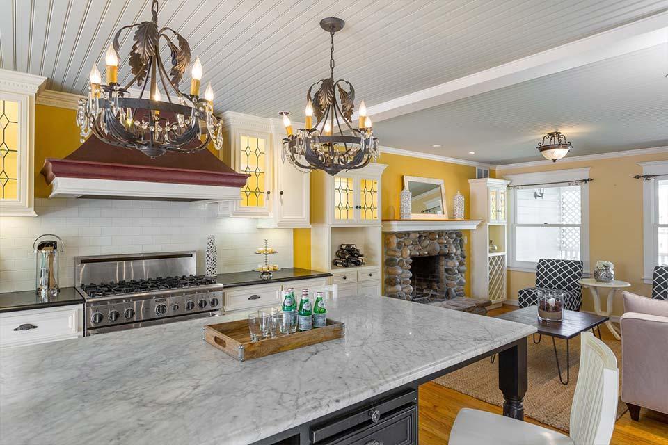 santa cruz home with new kitchen