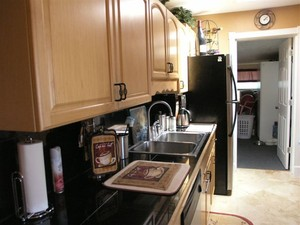 3307 miami Court Kitchen
