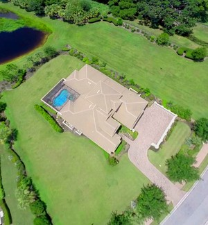 Aerial of 3566 Founders Club in Sarasota, FL
