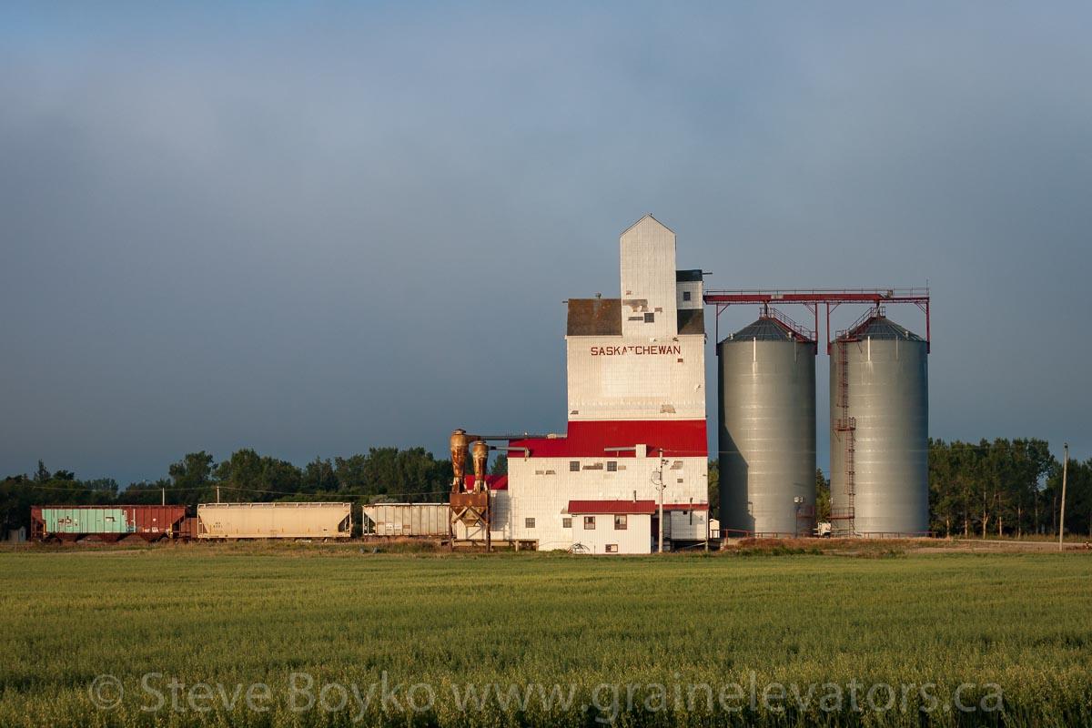 farm land for sale by Kronau SK