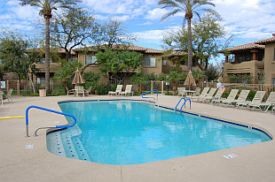 Raintree Resort Casitas condos for sale in sunny Arizona