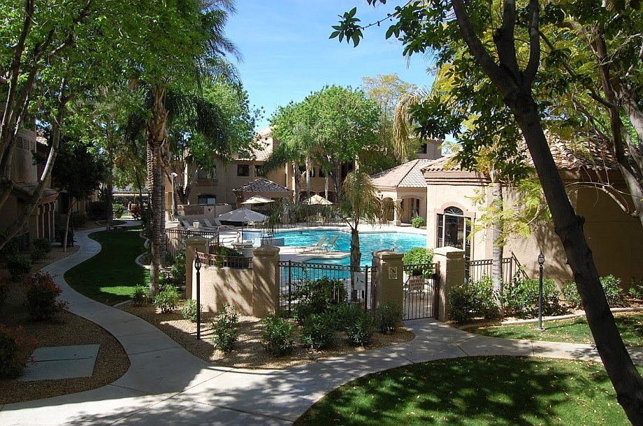 signature scottsdale condos for sale