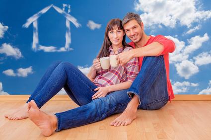 Happy real estate clients in Santa Clarita CA