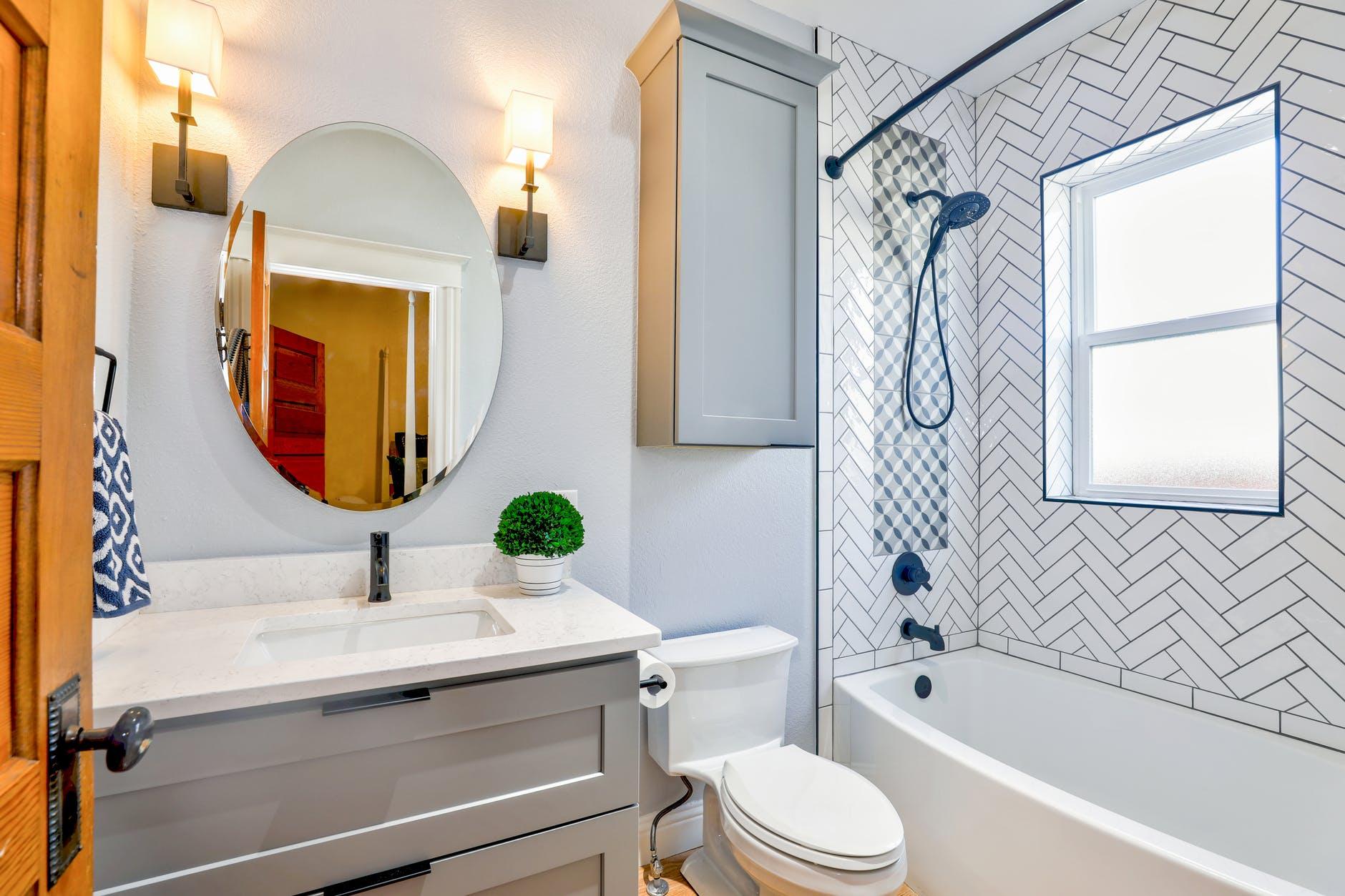 Small Bathroom In San Diego