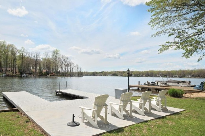 waterfront sold by sean jones in lake of the woods va