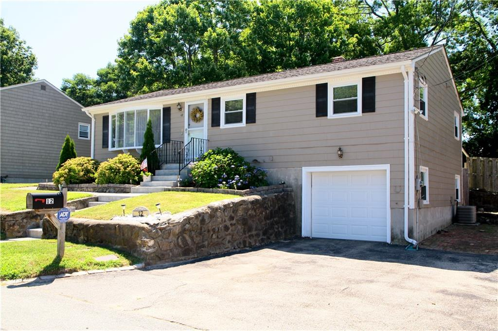 12 Rome Ave, North Providence, RI 02904