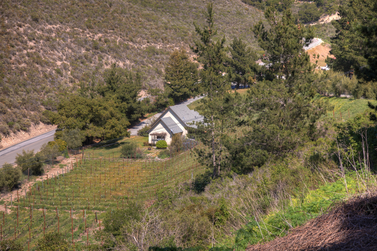 26200 Jeanette Rd - Carmel Valley Vineyard Cottage