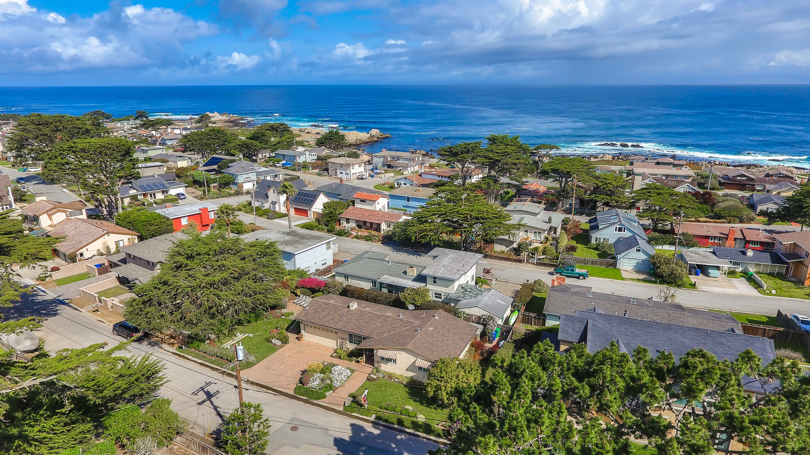 Pacific Grove Beach Tract neighborhood aerial picture