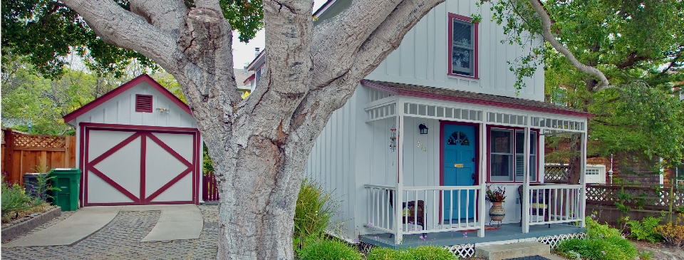 Stupendous Pacific Grove Cottages For Sale Download Free Architecture Designs Scobabritishbridgeorg