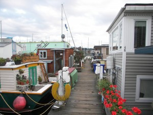 Northlake Way Houseboats