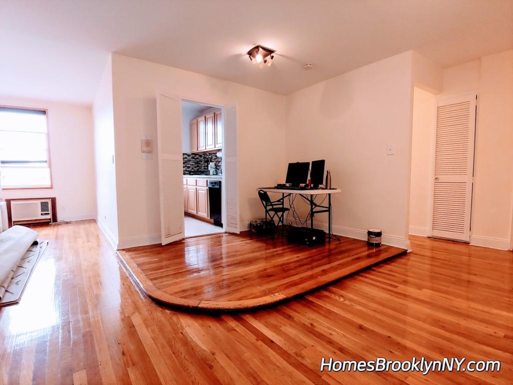 1 Bedroom Apartment in brooklyn NY