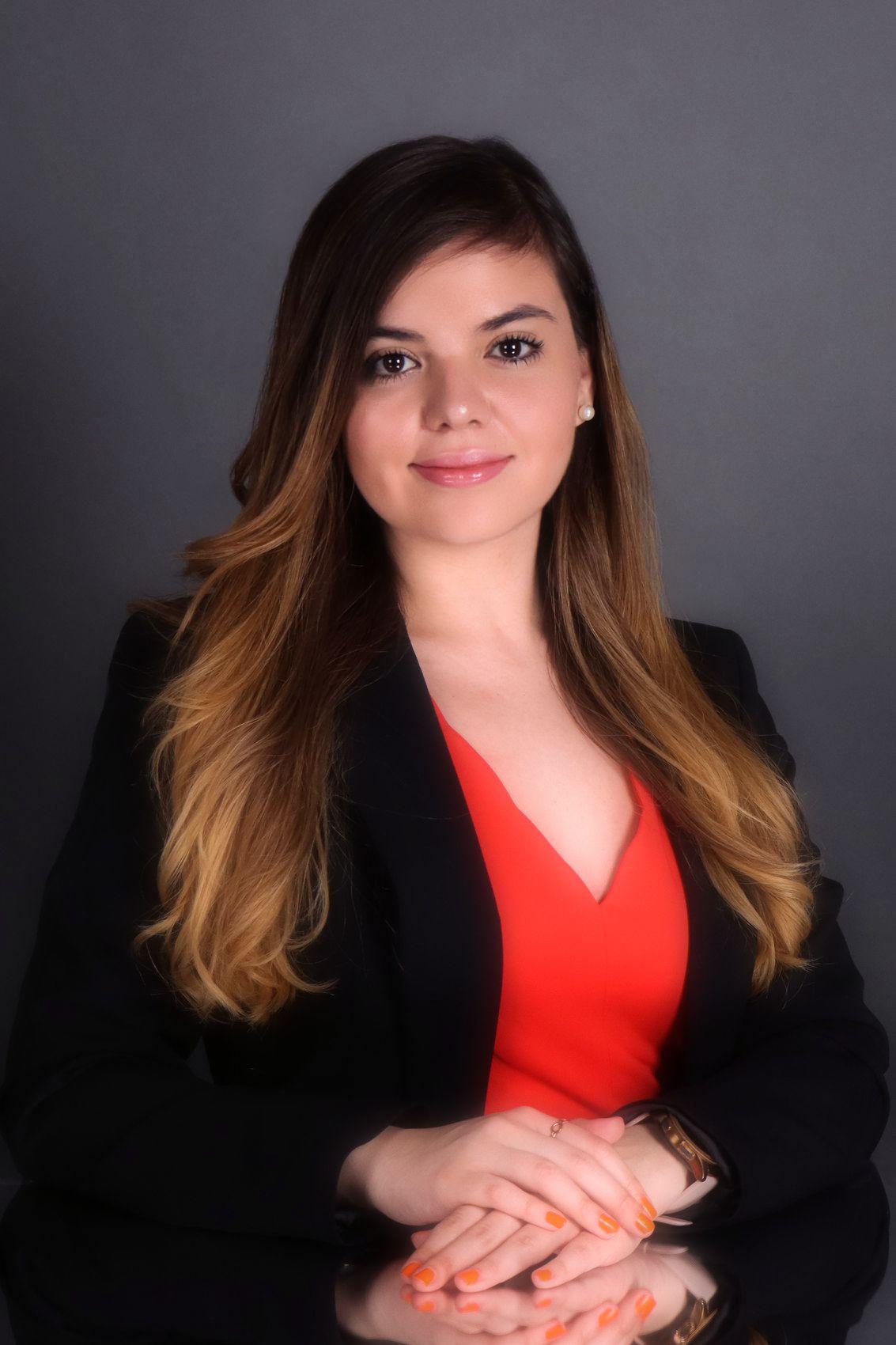 Ileana De la Garza - Realtor