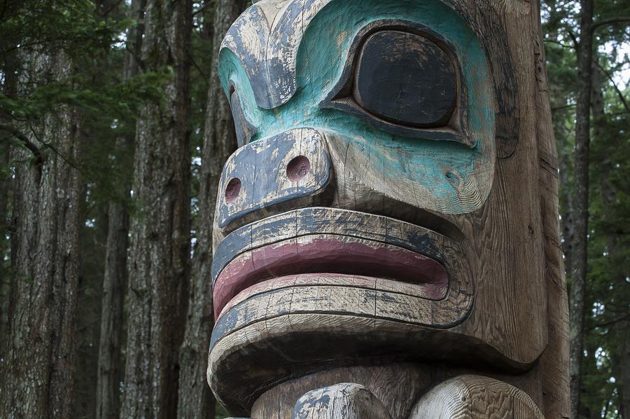 See Alaska art near East Fairbanks homes.