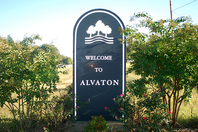 Alvaton welcome sign