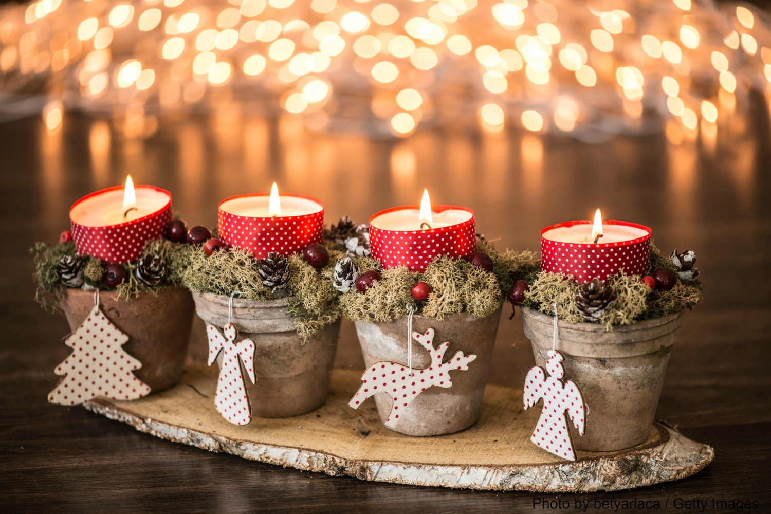 Beautiful Christmas Candles Accent by DIY Winter Decorations