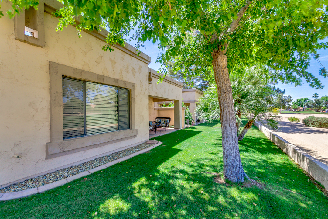 Coming Soon - Beautiful Peoria home on golf course!