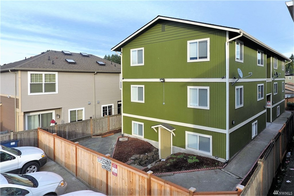 6-unit apartment for sale in Seattle multifamily property ...