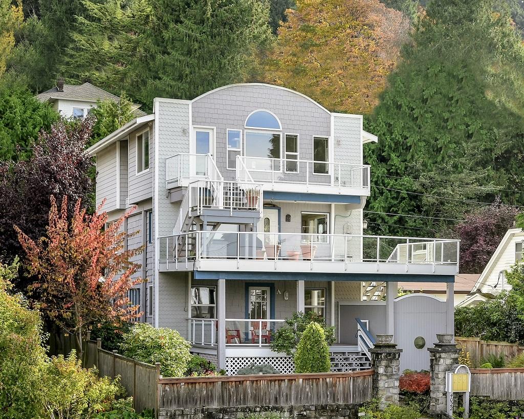 Sold 4022 59th Ave Sw Seattle Triplex
