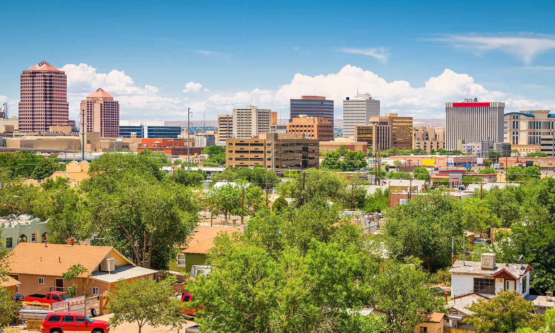 cityscape of Albuquerque, New Mexico homes