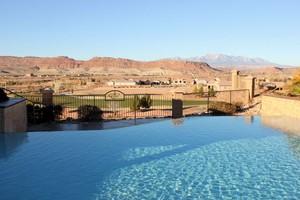 Reflections SunRiver Pool