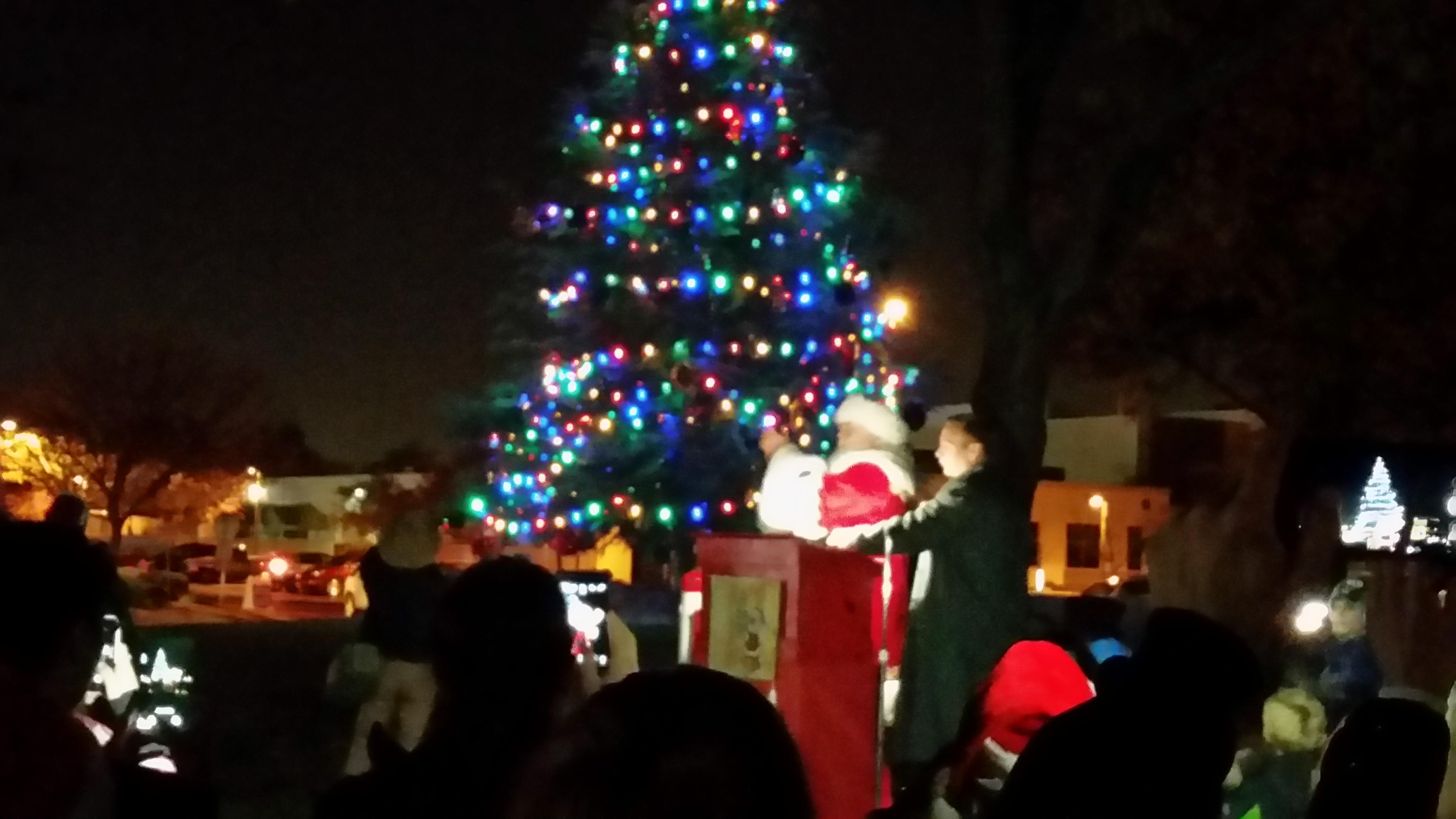 Lovely Clovis Christmas Lights