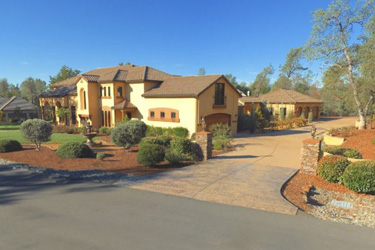 Beautiful Tuscan styled home in Tierra Oaks Estates, Redding
