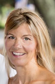 Meet Theresa Dennis